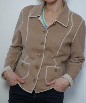 Jacke aus 100 % Wolle von Jobis in Gr. 40