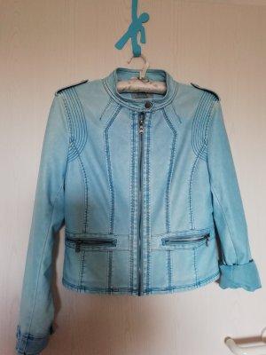 Veste en cuir synthétique bleu clair