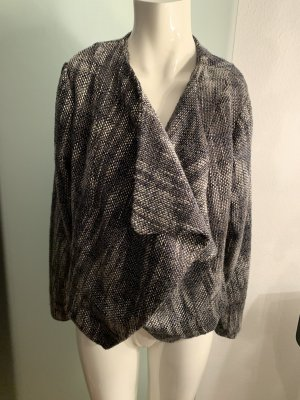 Norwegian Cardigan black-white