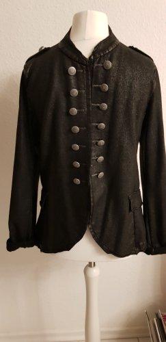 Jacke im Militärstyle