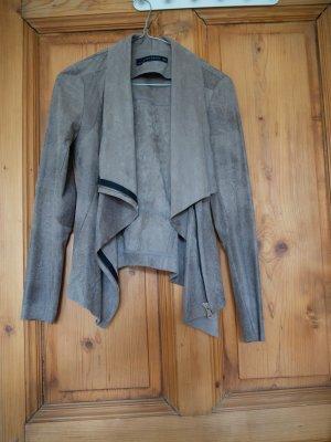 Jacke in Lederoptik mit Wasserfallkragen Zara Größe S