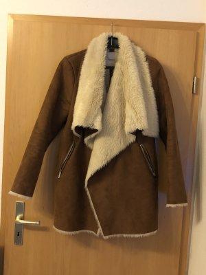 Pull & Bear Giacca in eco pelliccia marrone-bianco