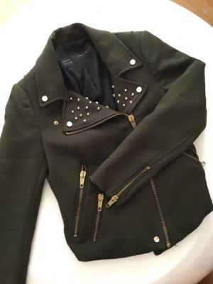 Jacke mit Reißverschlüssen & Nieten