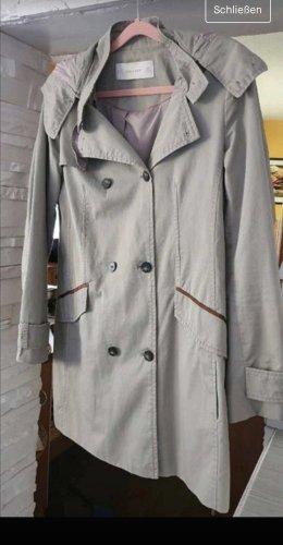 Jacke Trenchcoat von Zara