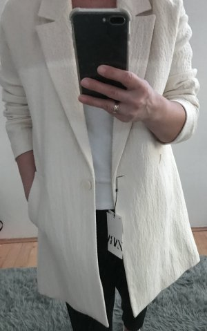 Jacket aus Wolle mit Strukturmuster von Zara