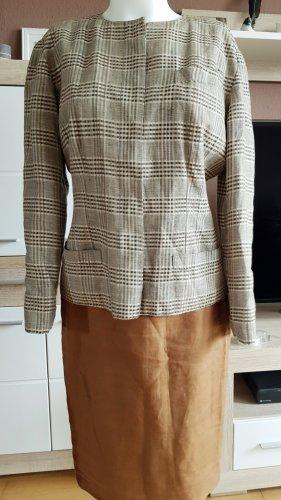 Kostium brąz-jasnobeżowy