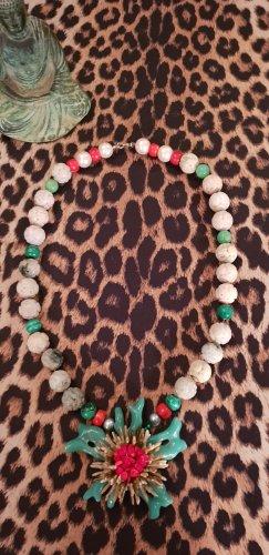 Collier de perles multicolore