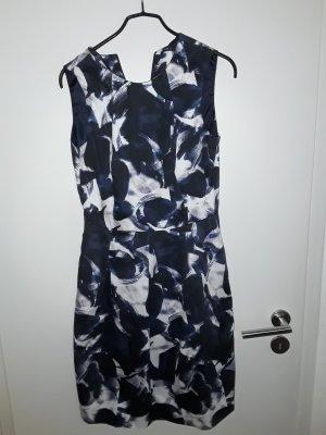 Jakes Kleid