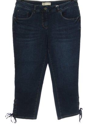 Janet & Joyce Straight-Leg Jeans