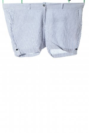 Janina Hot Pants blue-white striped pattern casual look