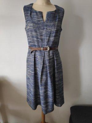 Jaquard ähnliches Kleid