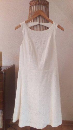 Bodyflirt Vestido de tela de jersey blanco tejido mezclado
