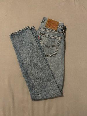 Levi's Boyfriend Jeans pale blue
