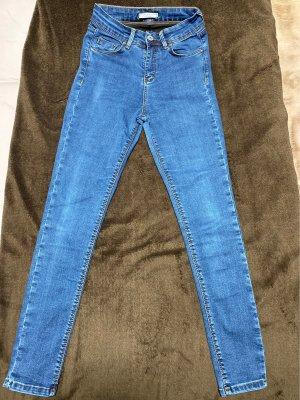 Jeansy ze stretchu stalowy niebieski
