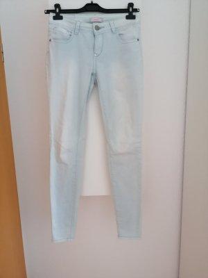 FB Sister Jeans a sigaretta celeste