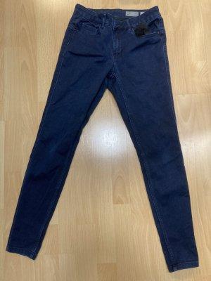 Vero Moda Dopasowane jeansy ciemnoniebieski
