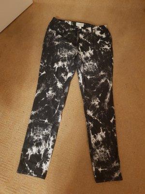 Amy Vermont Jeansy z prostymi nogawkami biały-czarny