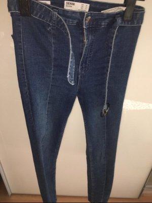 Bershka Jeans cigarette bleu foncé