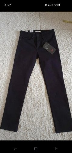 Jeans 712 von Levis W27/L30 schwarz Neu