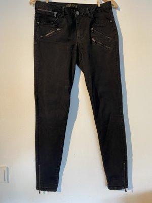 Jeans (Aktion 3 für 2)