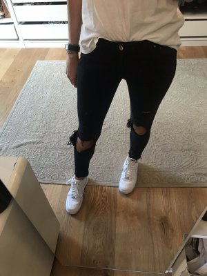 Jeans Cut Outs