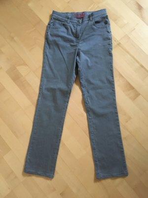 Jeans der Marke Brax, Größe 36, grau, Modell Raphaela