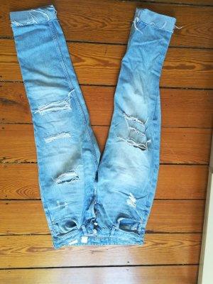 H&M Boyfriend Jeans light blue
