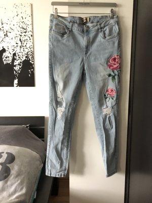 Jeans Flowers used look