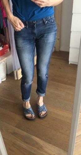 Jeans für die warme Saison