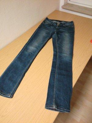 Jeans für große Frau