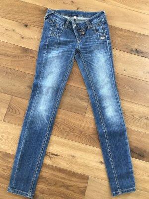 Jeans Gang Größe 28