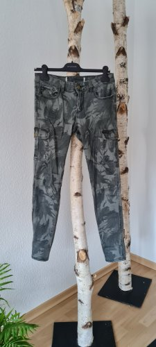 Jeans gr. 38 Army Look