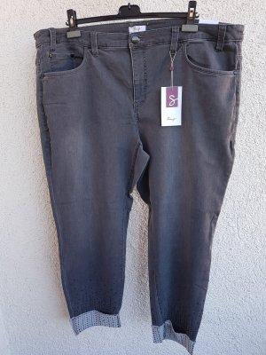Jeans grau mit Strassverzierung, Gr. 54