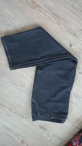 Jeans, Größe 52 mit Stechanteil