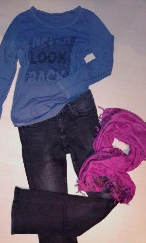 H&M Vaquero acampanados negro-rosa
