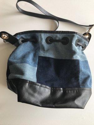 Bolso tipo marsupio azul claro-azul