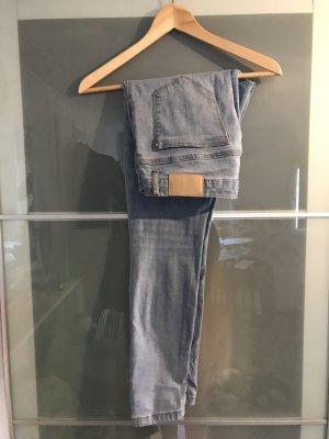 Jeans hell blau