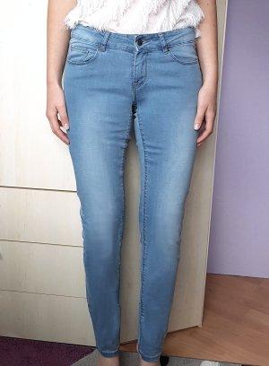 Jeans Hellblau Reserved Boyfriend Gr. 36