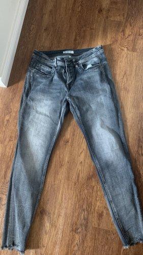 Jeans hellblau verwaschen