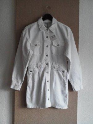Jeans-Hemdblusenkleid in weiss, Grösse M, neu
