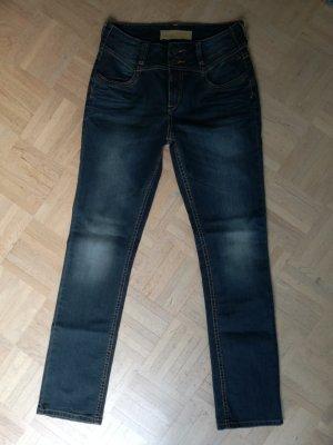 Jeans high waist, super Sitz, neu