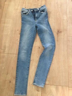 *Jeans Highwaist*