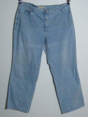 Jeans Hose Größe 48 BRAX Winner Modell Cora Helles Blau Stretch