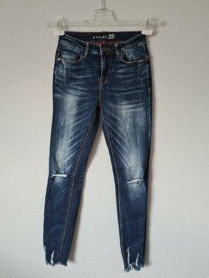 Jeans Hose von Amisu New Yorker Größe 25 Ripped
