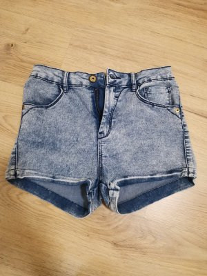BSK by Bershka Hot pants lichtblauw