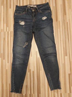 Jeans im destroyed-look von primark