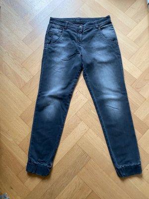 Jeans im Jogginghosen-Stil, grau, weich, bequem, leicht, von BRAX