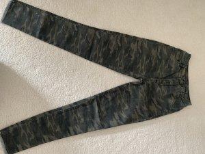 Jeans im Militärlook von Subdued