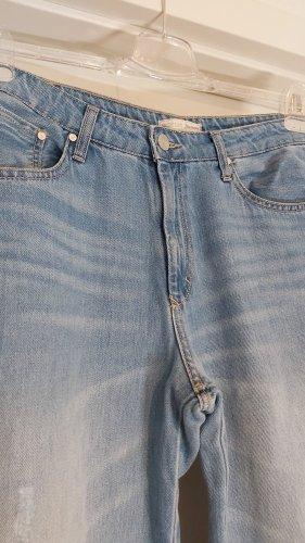 Stradivarius Jeansowe spodnie dzwony błękitny