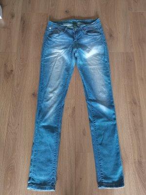 Jeans IMIZU von One Green Elephant - blau wahsed in Gr. 38
